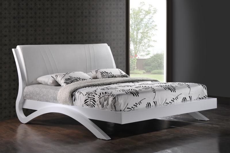 Белую кровать двуспальную